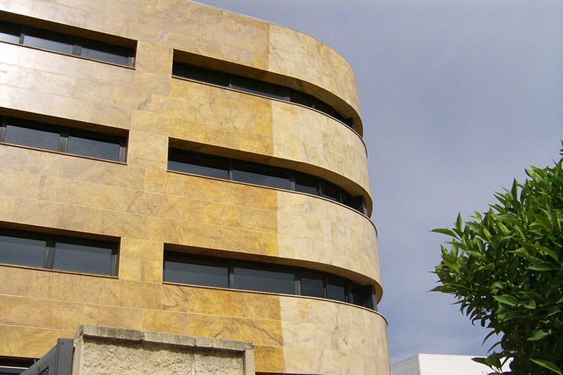limpieza, renovación y protección de fachadas y paramentos